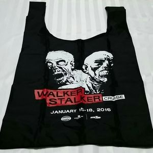 The Walking Dead Walker Stalker cruise Baggu